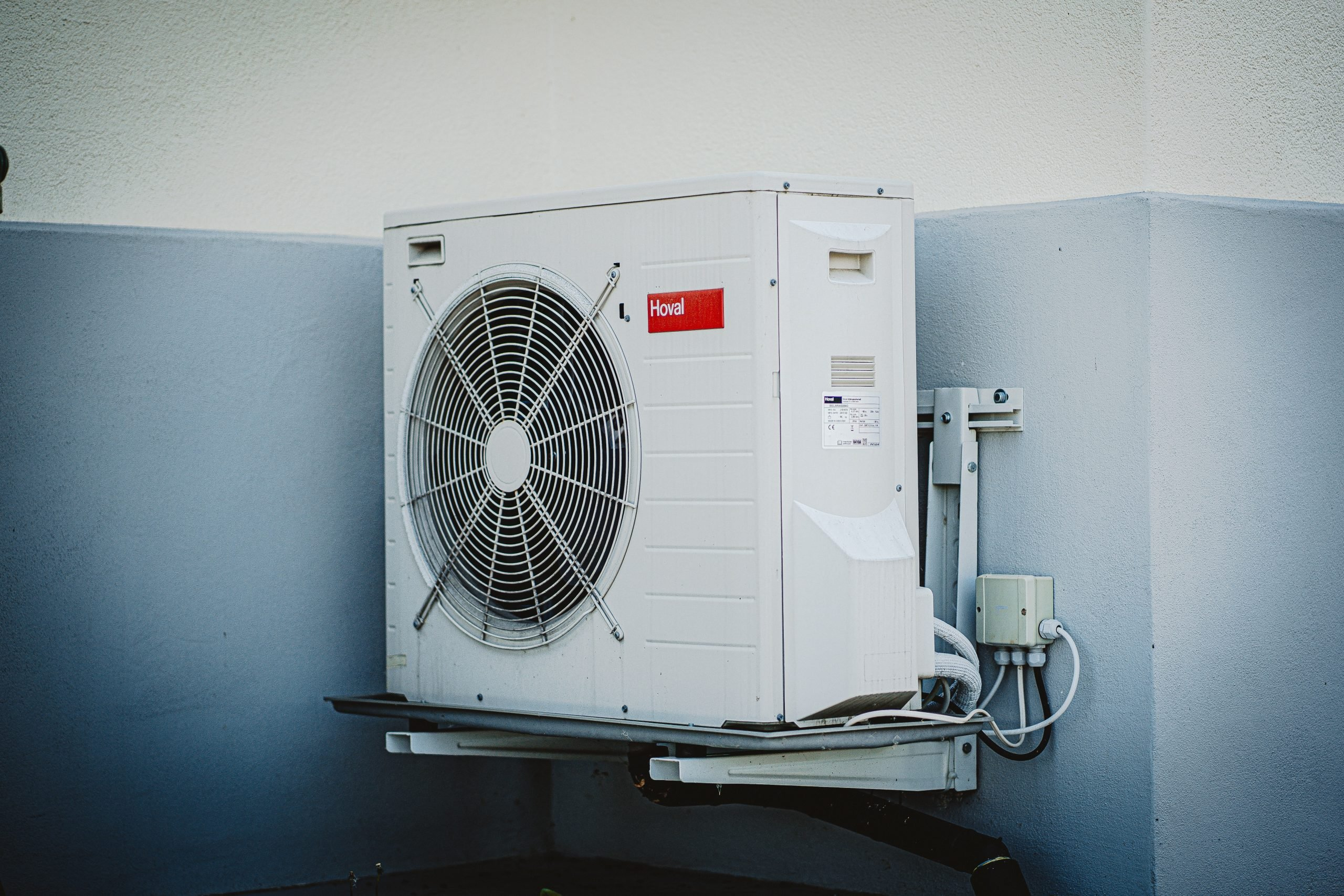 Top 7 Reasons To Get Air-Conditioners Installed